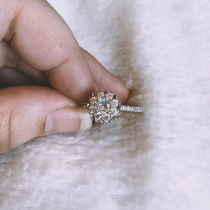Jewelry - Flower-Shaped Sterling Silver Ring
